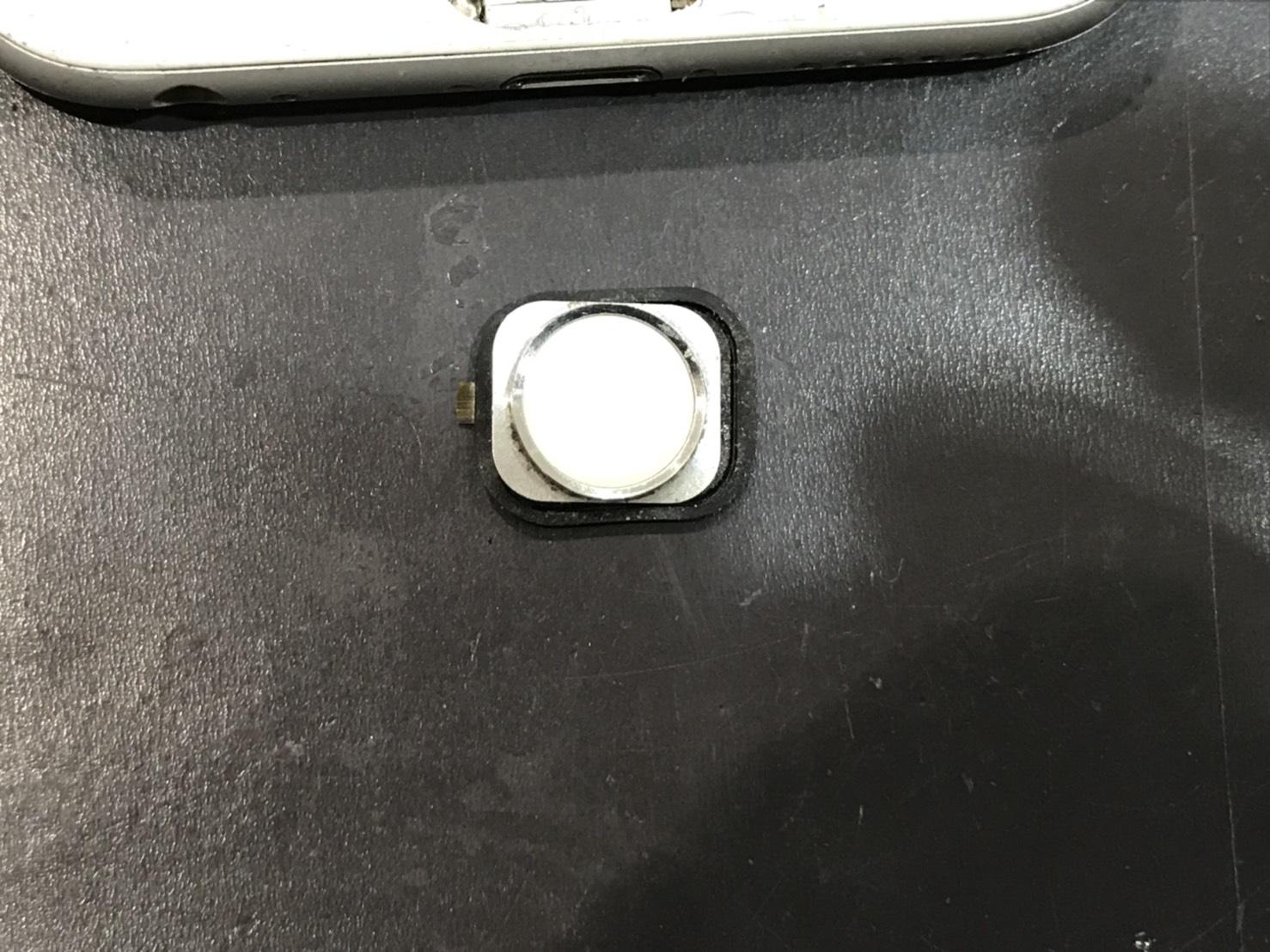 iPhone6 ホームボタン