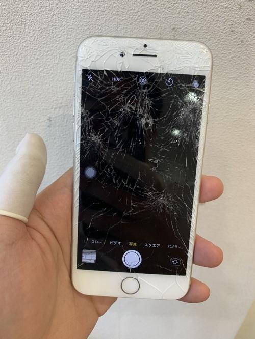 iPhone6s インカメラ修理前