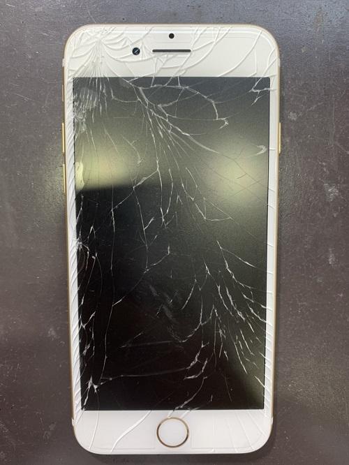iPhone7 修理 小倉 最安値
