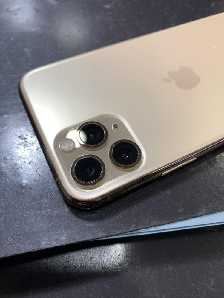 iPhone 11 Pro カメラレンズ交換 小倉