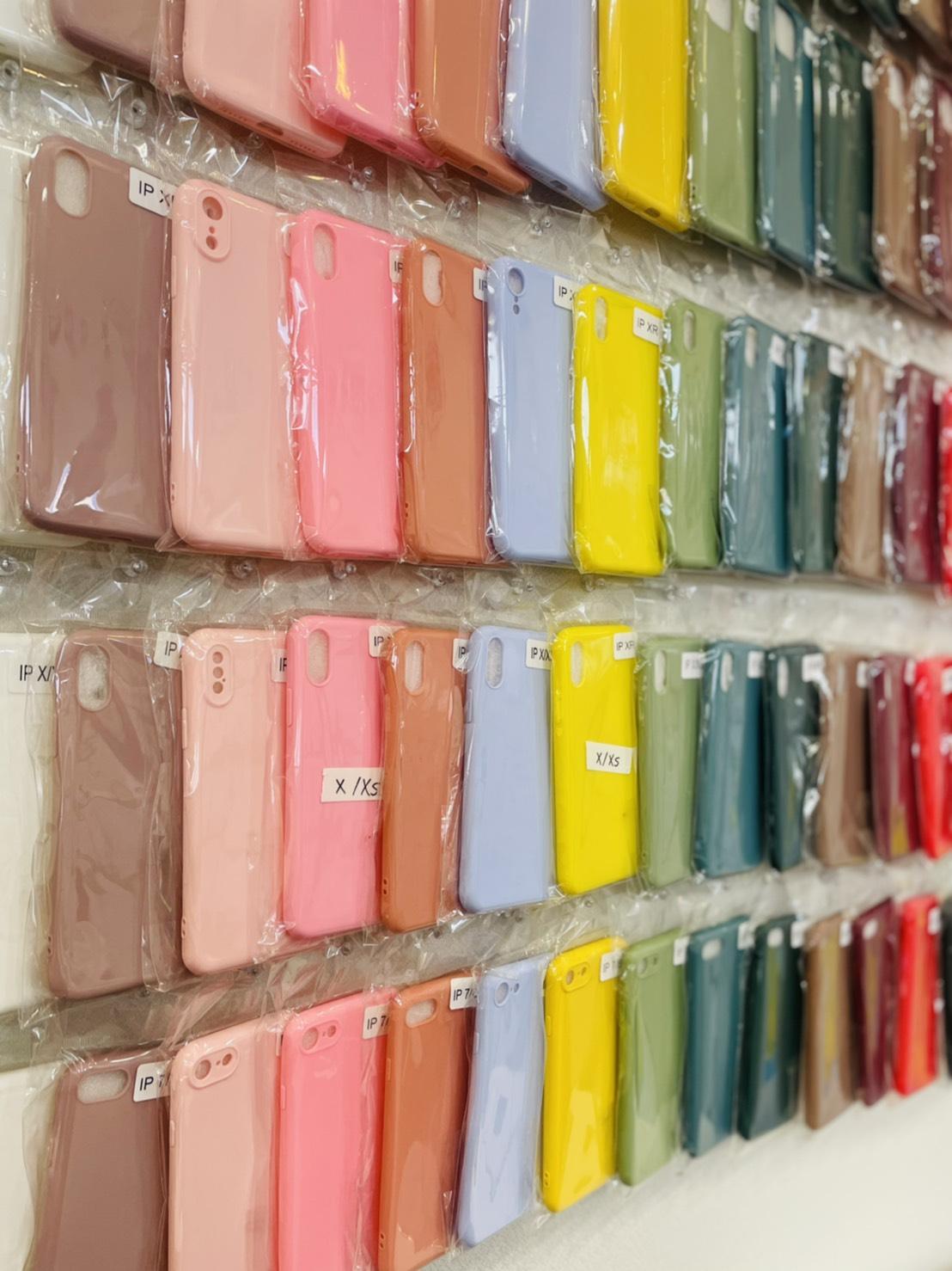 iPhone ケース 安い シリコン