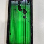 【iPhone Xs】画面が緑色!?新しい画面をつけてみると……「iPhooneを使用出来ません」!?